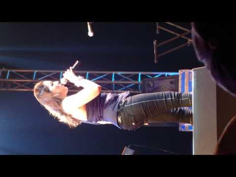 """Me @  """"Ara Mina, Live in Qatar"""" Concert 24-9-2010"""