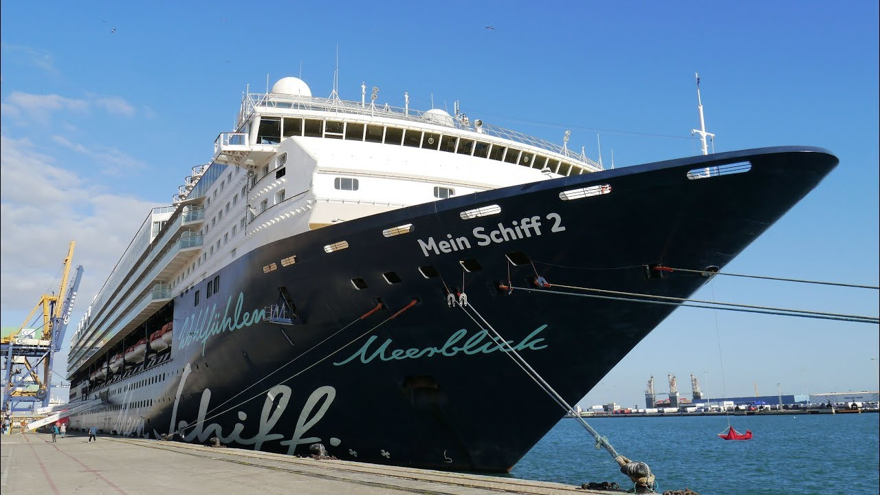 TUI Mein Schiff ❤ - current position - track live & in real