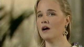 Anu Komsi sings Villa-Lobos