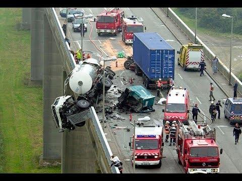 Car Crash) very Shock dash camera 2017 NEW By Top Speed Motor HD (1301) HD