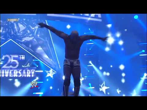Shelton Benjamin dazzles the WWE Universe in the Money in the Bank Ladder Match