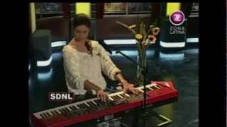 Francisca Valenzuela - Qué Sería (Acústico @ SDNL 15.06.2011)