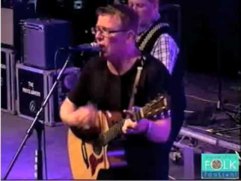 there's-a-touch---the-proclaimers---shrewsbury'09