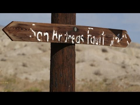 Hiking inside the San Andreas Fault