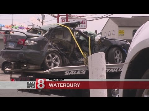 2 people killed in Waterbury crash