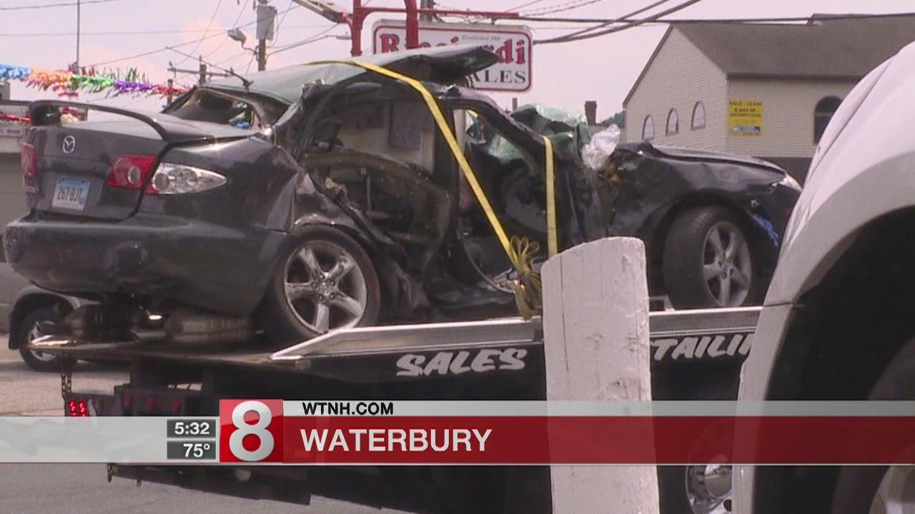 2 people killed in Waterbury crash
