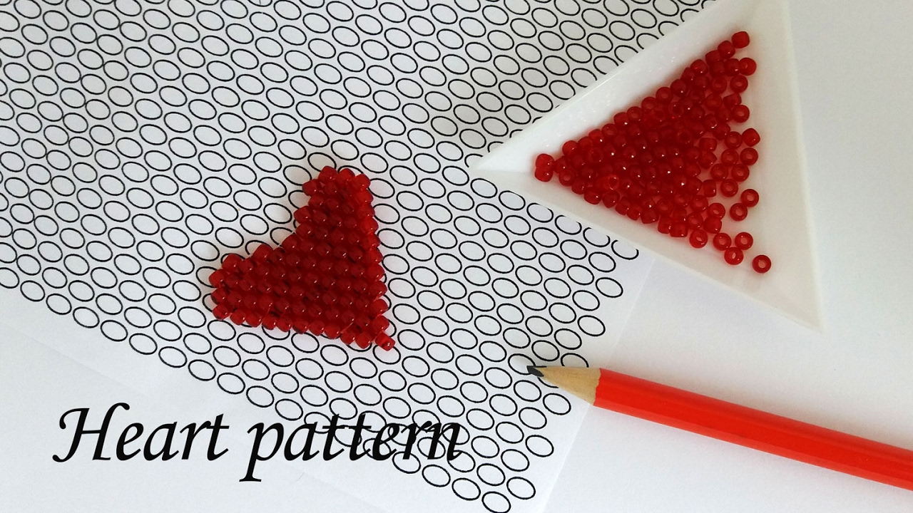 Valentines own photos and patterns of weaving from beads (video)