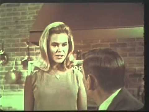 Bewitched 1967 Instant Quaker Oatmeal Ad starring Elizabeth Montgomery & Dick York