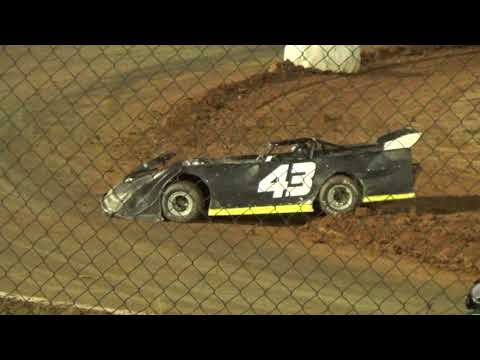 12/07/19 Limited Feature Race - 3 wrecks before the 1st lap completed