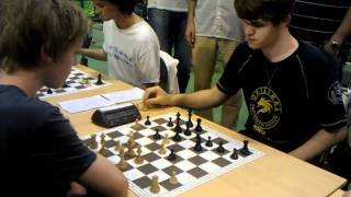 Magnus Carlsen playing 1 min vs 9 min
