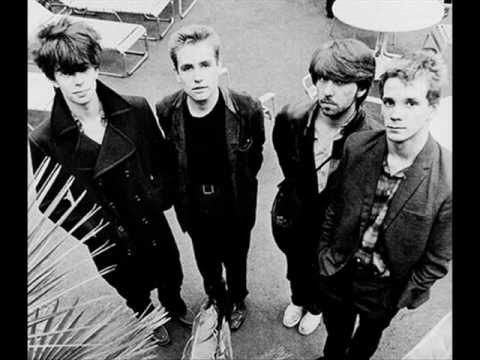Echo And The Bunnymen - In Bluer Skies mp3