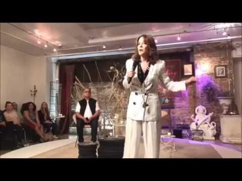 Amazing Powerful Lecture by Deepak Chopra & Marianne Williamson