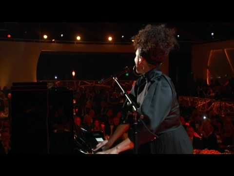 2017 Breakthrough Prize Ceremony: Alicia Keys