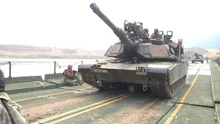 US Army - M1A2 SEP V2 MBTs & M2A3 IFVs River Crossing [1080p]