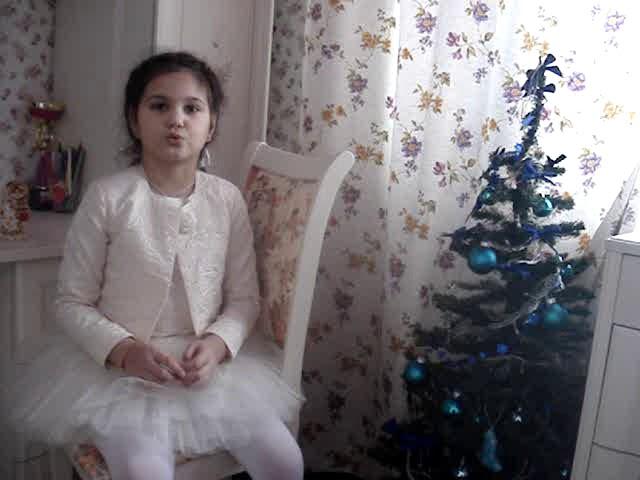 Изображение предпросмотра прочтения – МартаМолдованова читает произведение «Мне нравится, что Вы больны не мной...» М.И.Цветаевой