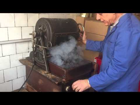 Camden Coffee Shop - slomo bean roasting