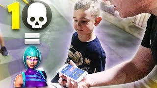 Regalo skins exclusivas a niños por la calle por cada kill en Fortnite...