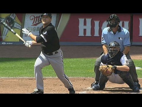 CWS@MIL: Buehrle knocks his first Major League homer