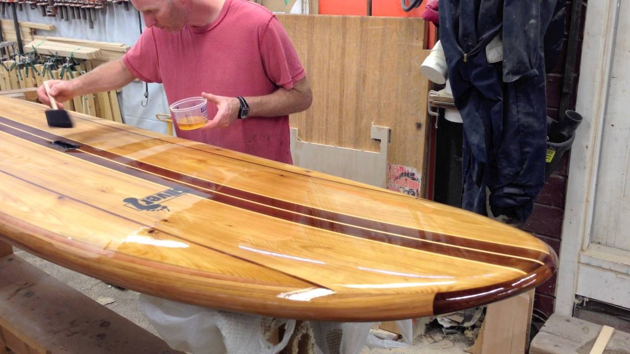 How to Varnish a Wood Paddleboard - YouTube