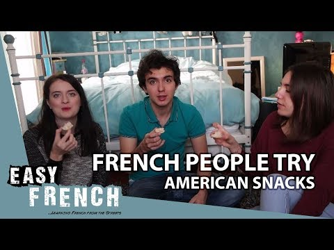 French people try American snacks | Super Easy French 27