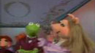 Muppet Show. Kermit and Miss Piggy - I Won't Dance (s2e10)