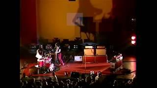 The White Stripes - Outlaw Blues (Bob Dylan) / Let's Shake Hands - Camden, NJ - 24 Nov 2003