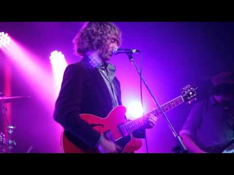 Supergrass - In It For The Money (Side A - Performed live by The Mansize Roosters 2015-01-29)