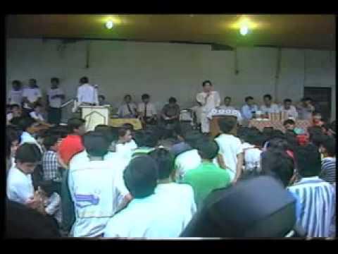 Ang hookup daan debate jehovah witnesses