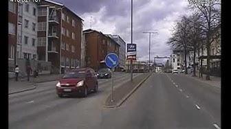 Poliisi ajaa takaa varastetulla mönkijällä ajavaa miestä Lappeenrannan keskustsassa