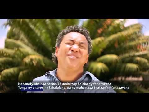 Rija Rasolondraibe - Ny fiovana (avec paroles)
