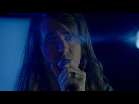 Mayday Parade - Looks Red, Tastes Blue (Official Music Video)