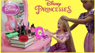 Sam Plays Makeup W/ Disney Princess Rapunzel Doll