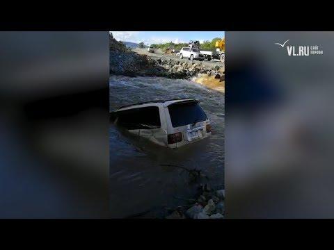 VL.ru – Mazda MPV подняли со дна реки в Смоляниново