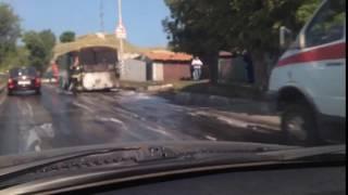В Саратове сгорел автобус