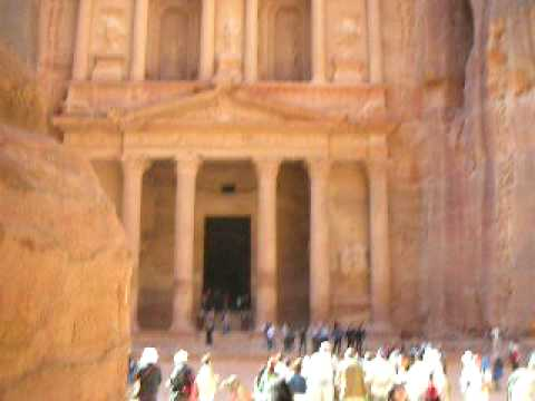 Petra Treasury: Arab guides for the American