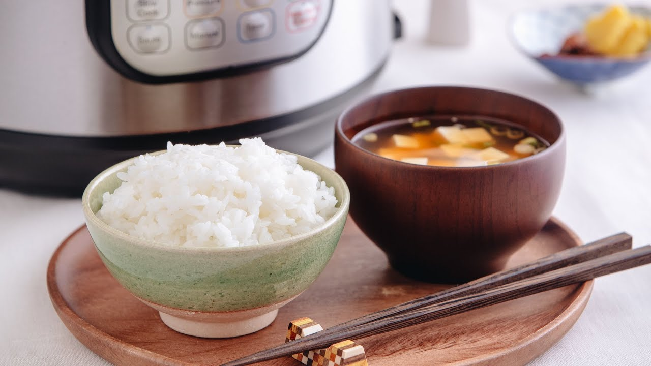 How to make cook rice using cooker microwave without sticking