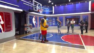 Shaq o'neil - open court - ( A big mans world ) Basket ball 101 Video