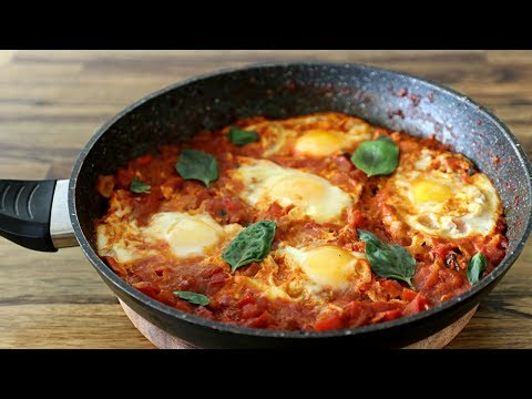 Shakshuka Recipe Eggs Poached in Tomato Sauce