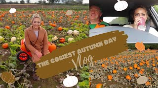 SPEND AN AUTUMN DAY WITH ME VLOG! | Leaf Peeping, Pumpkin Picking and Tractor Rides | Tanya Louise