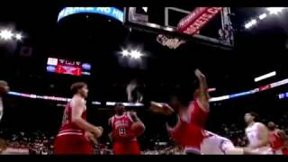 Tracy Mcgrady Posterize Tyrus Thomas w/ the Left Hand! SICK!!!