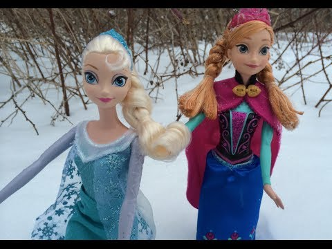 Frozen Queen Elsa, Princess Anna pictures in real snow with Olaf, Sven & Kristoff