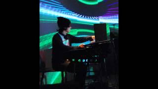 Tycho Awake (Ametsub Remix)