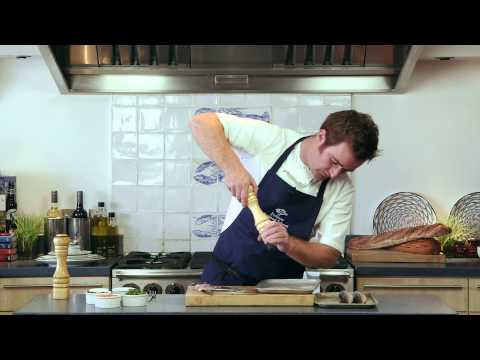 How To...fillet A Mackerel. Seafood With Steins - Small Oily Fish
