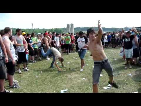 Hardcore dancing vs