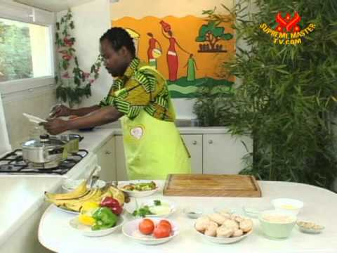 Cameroonian Mushroom Egusi Soup and Plantains (In French)-1