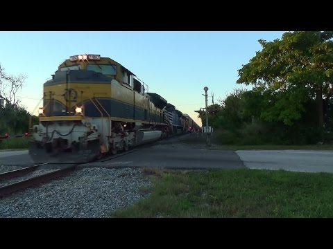 Railfanning FEC In Cocoa With 798Amtrak