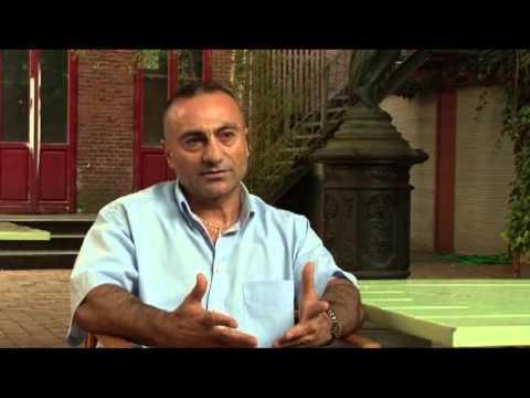 Bruce Özbek  sampiyon belgeseli 1  bölüm