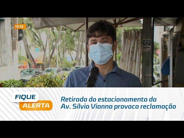 Retirada do estacionamento da Av. Sílvio Vianna provoca reclamação de frequentadores