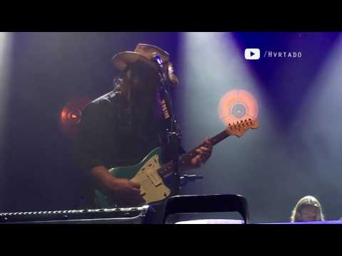 CHRIS STAPLETON 'Might as Well Get Stoned' @ Austin360 Amphitheater 08-13-2016