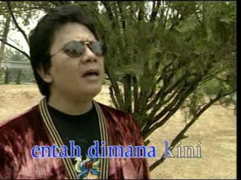 Benny Panjaitan - Gereja Tua (Official Music Video)